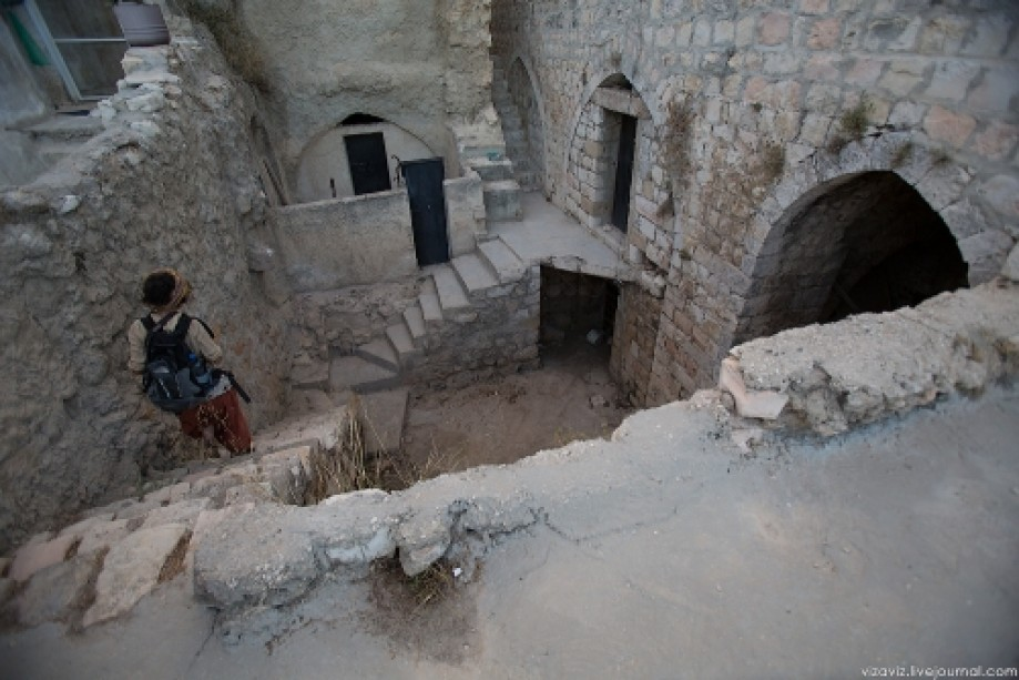 Deir Ghassaneh2